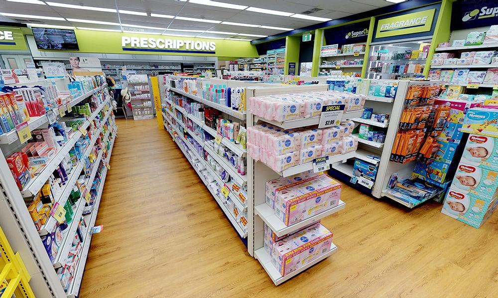 TN9 Retail Shelving