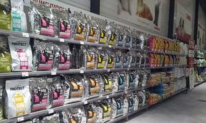 Pets Shop Shelving